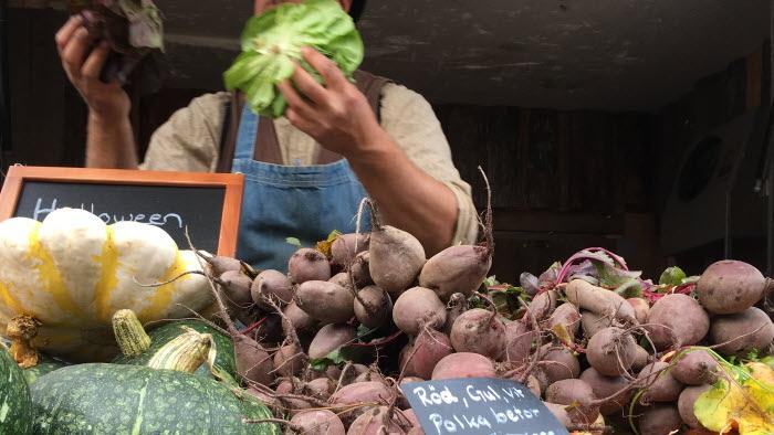 Bondens marknad och grönsaker