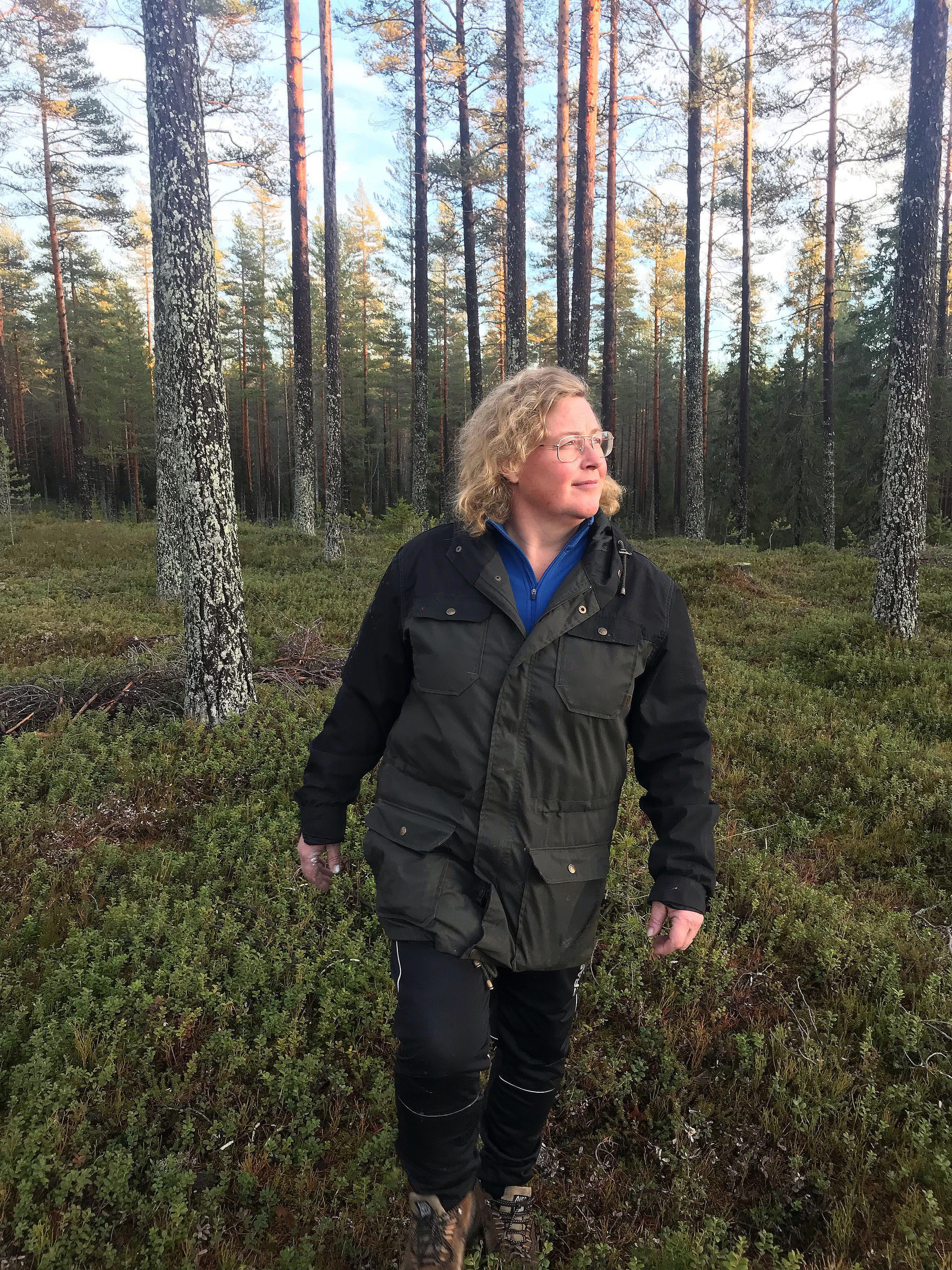 Jenny Karlsson, LRF Norrbottens ordförande, i skog