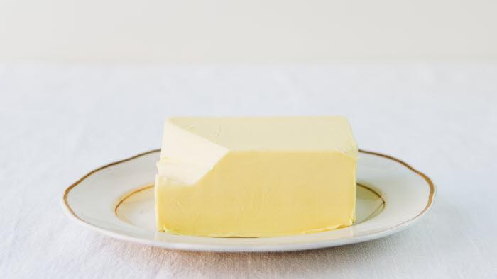 Smör i bit Foto: Ester Sorri. Får endast användas av LRF Mjölk.