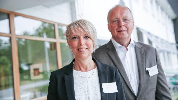 Helena Jonsson och Anders Källström hälsar välkomna till riksförbundsstämman 2017