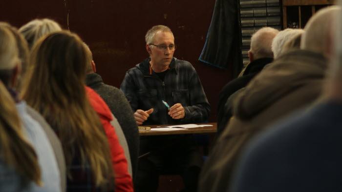 Årsmöte med Säffle Norra i Bröderna Larssons verkstad