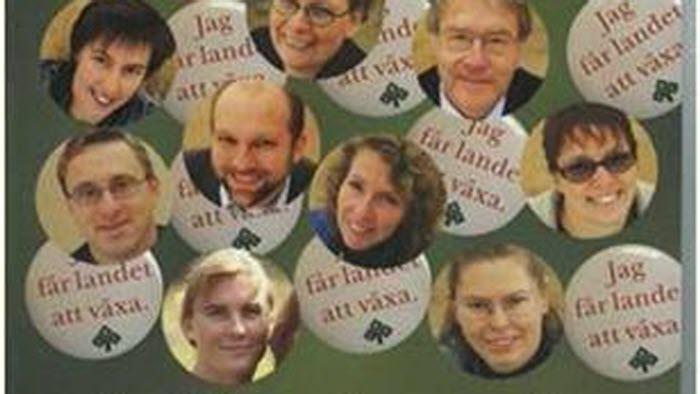 Omslag till Årskrönikan 2003