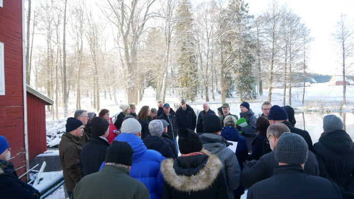 Den 19 januari arrangerade LRF Södermanland en uppskattad träff där ett trettiotal politiker på riks-, regional och lokal nivå deltog och med stort intresse lärde sig mer om de gröna näringarnas villkor. Dagen startade med ett besök studiebesök på Ek