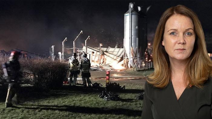 Landsbygdsminister Jennie Nilsson hyllar lokalsamhället och elever för det rådiga ingripandet i samband med branden på naturbruksgymnasiet i Vreta