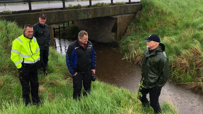 Mikael Johansson, lokalavdelningsordförande Södra Näset, Dag Rogne, kommunalråd, Håkan Thörner, Norra Avrestas gård och Daniel Bäckström, riksdagspolitiker (C).
