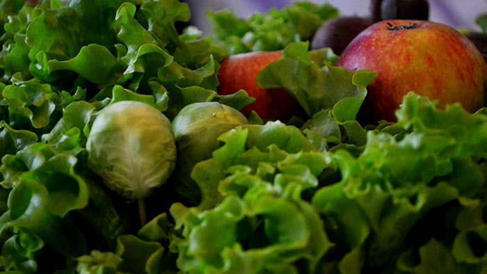 grönsaker, sallad, äpplen