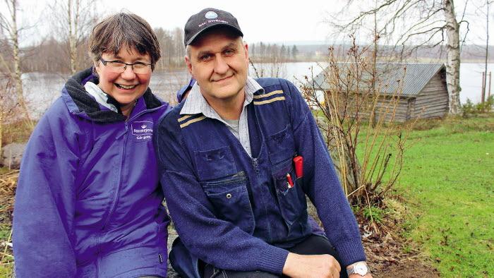Anna-Britta och Herbert Nyman, som investerat i en biogasanläggning på gården i Altersbruk.