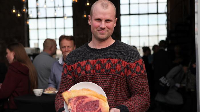 Markus Lindström, Stommens lantbruk, med köttet från sin SRB-ko som kvalade in i högsta kvalitetsklassen fick mästarkvaliteten Exceptionell Råvara.