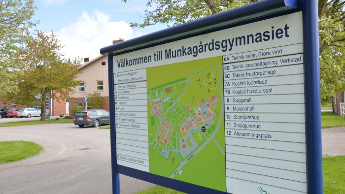 Skylt Munkagårdsgymnasiet Halland
