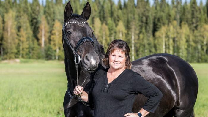 Lotta Folkesson, ordförande LRF Västerbotten, LRF Häst, ledamot riksförbundsstyrelsen mm.