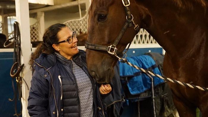 Lotta Löfstrand, medverkat i pilotstudien av kvalitetssäkringen för hästföretagare. Bild till artikel på webben.