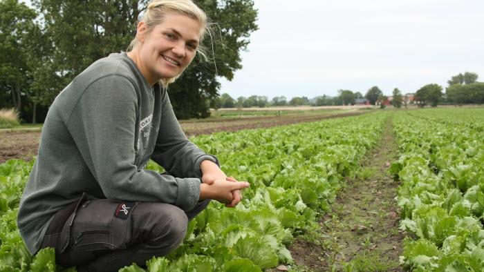 Kvinnliga trädgårdsföretagaren Josefin Svensson på Josefins Bär