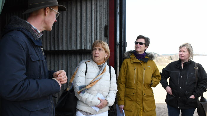 Martin Johansson, landshövdingen, lantbruksdirektören och en milljöinspektör